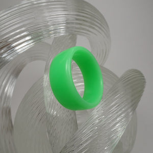 Neon Green Acrylic Resin Ring - Fluorescent Green - Art and Soule