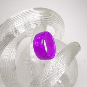 Neon Purple Pearl Acrylic Resin Ring - Fluorescent Purple - Art and Soule