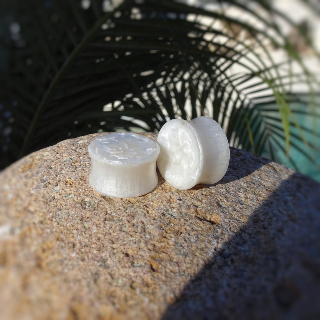 White Pearl Resin Double Flared Ear Plugs or Tunnels or Teardrops - Ear Gauges - Art and Soule