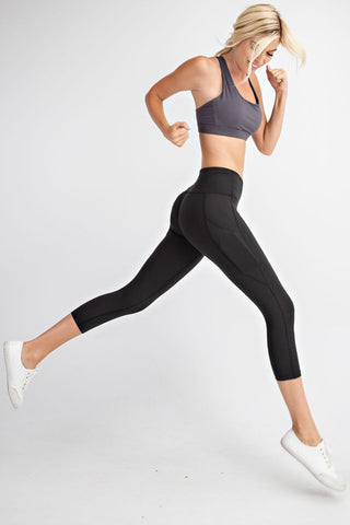 Sweat It Out Crop Pocket Leggings in Black *preorder*