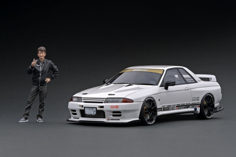 IG ONLINE HOBBY SHOW 2020 event special  1/18 TOP SECRET GT-R (VR32)  White With Mr, Smokey Nagata