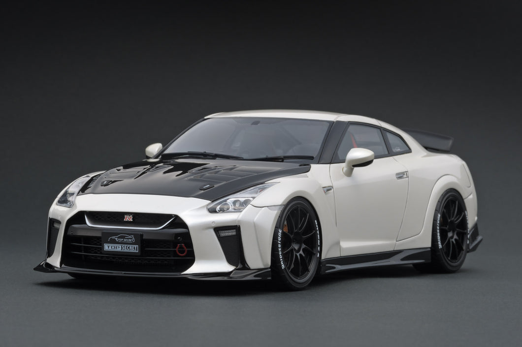 IG1537  TOP SECRET GT-R (R35) White Pearl