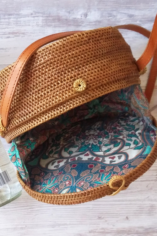 Large natural round cane bag