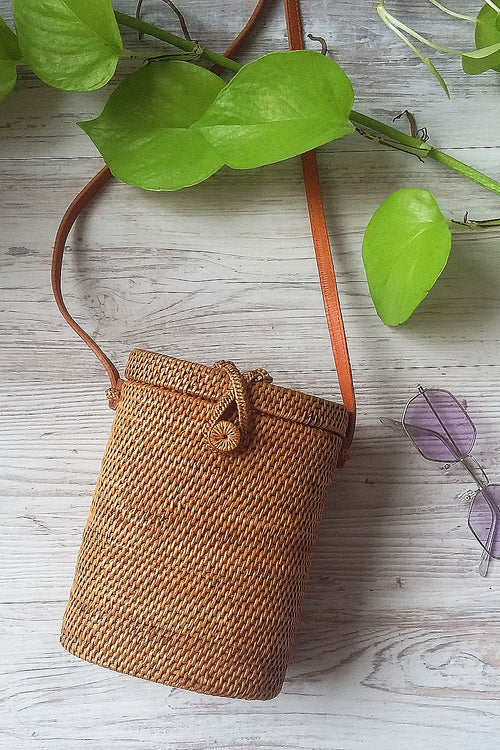 Natural Cane barrel bag