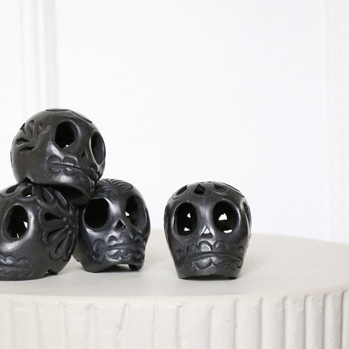 Black Clay Skull - Mini