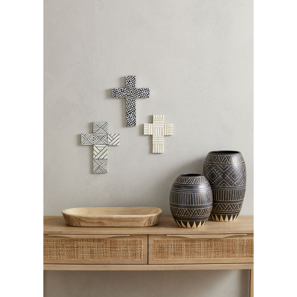 Nila Wall Cross