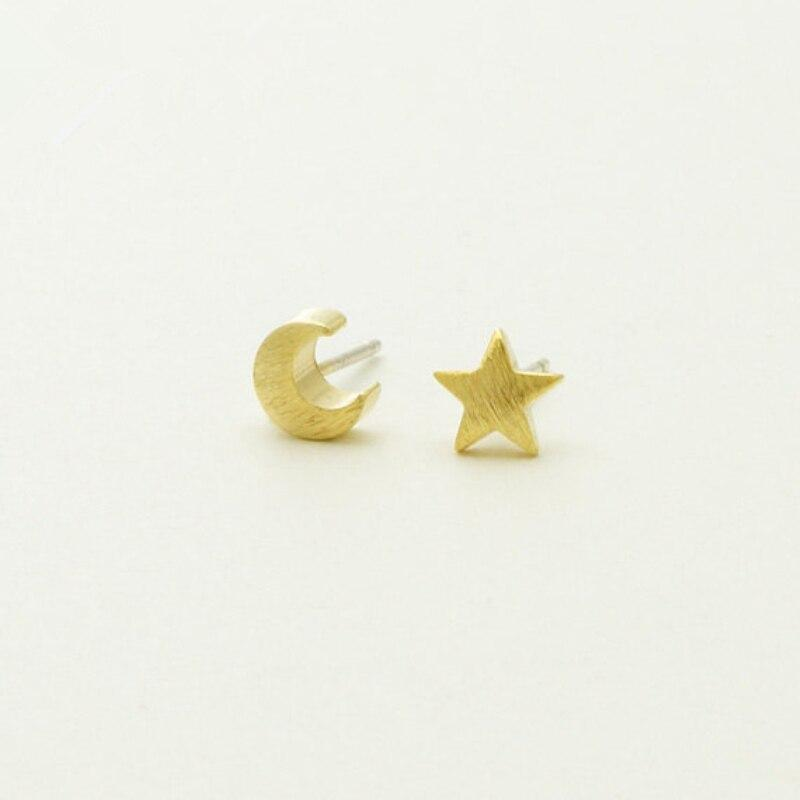 stylish Crescent Moon Earrings for women in gold rose gold and silver color (Free shipping) | Simply Bo