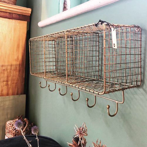 Metal wire shelf