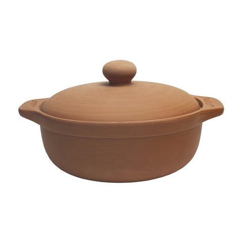 Large Earthenware casserole dish.