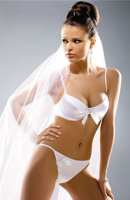 Wedding padded bra with removable straps