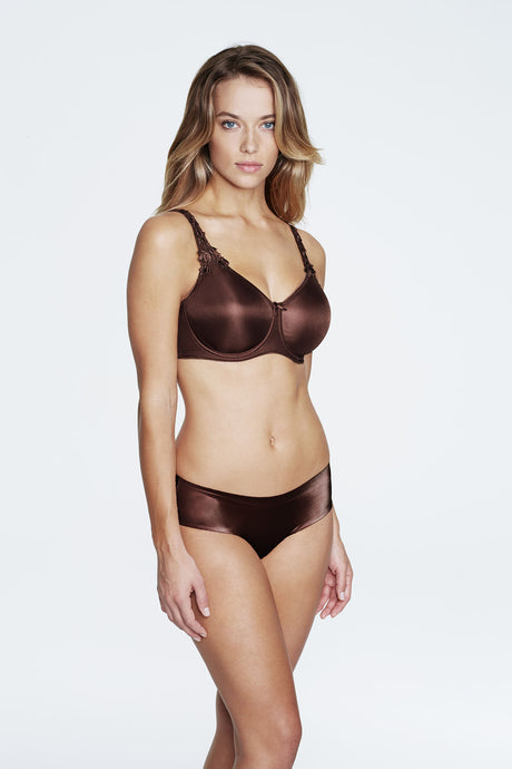 Everyday Seamless Minimizer Bra in Chocolate