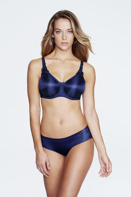 Everyday Seamless Minimizer Bra in Navy