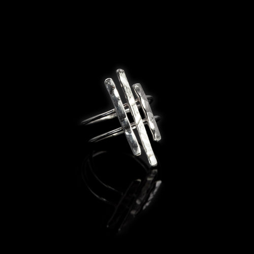 Epoch ring in sterling silver by Rouaida.
