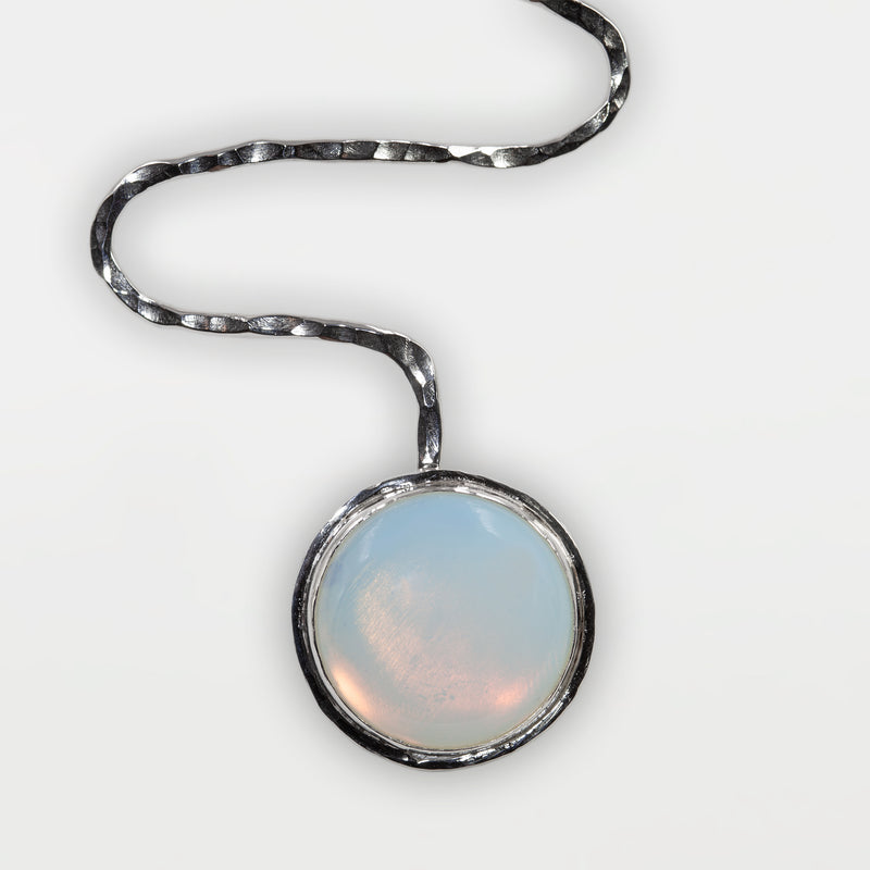 Full Moon necklace by Rouaida.