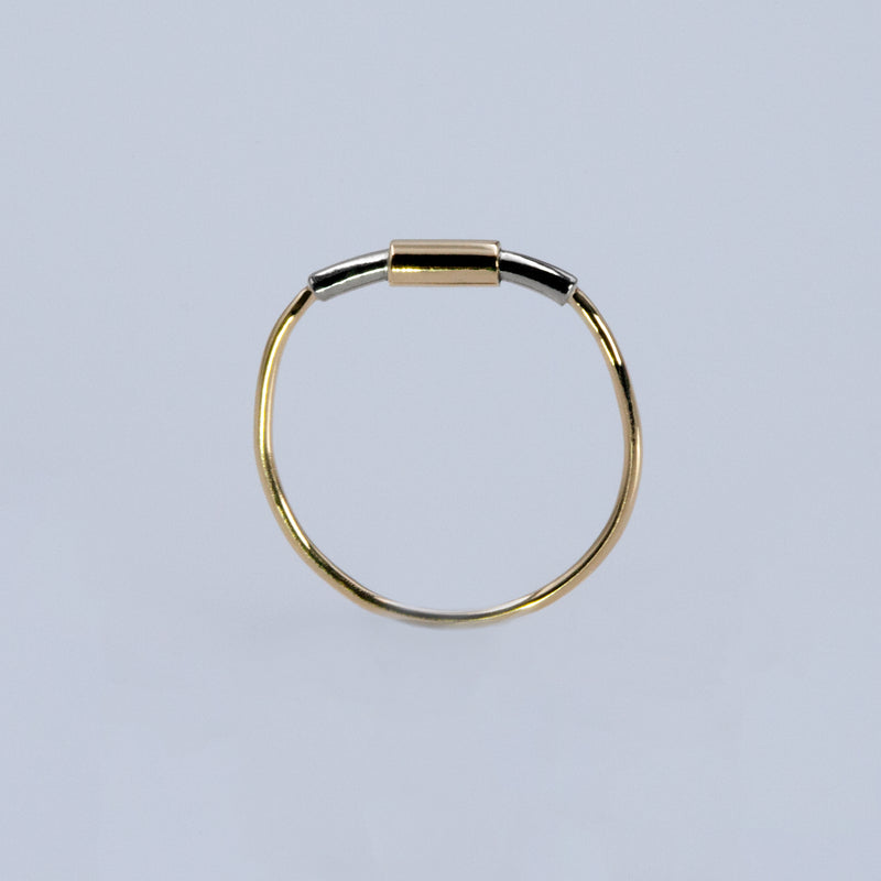 Concentric ring in sterling silver and 18ct gold by Rouaida.