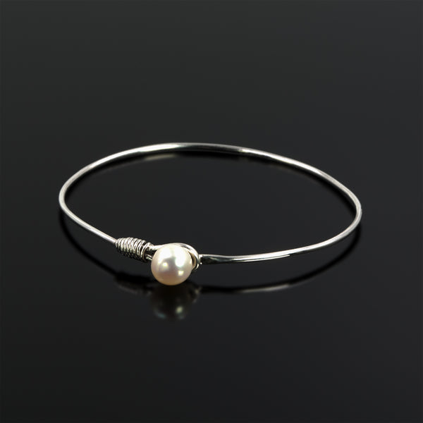 Sterling silver Grace bangle with freshwater pearl by Rouaida.