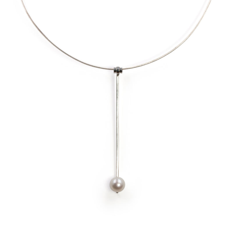 Sterling silver Purity necklace with freshwater pearl by Rouaida.