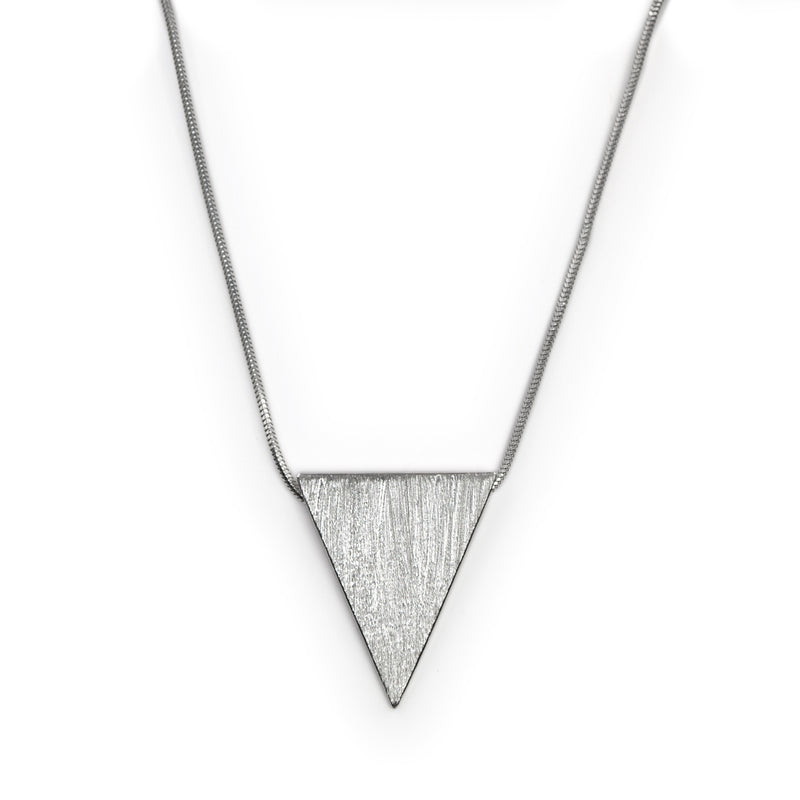 Sterling silver Stratos necklace by Rouaida.