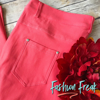 5 Pocket Pull On Capri Jeggings | Coral