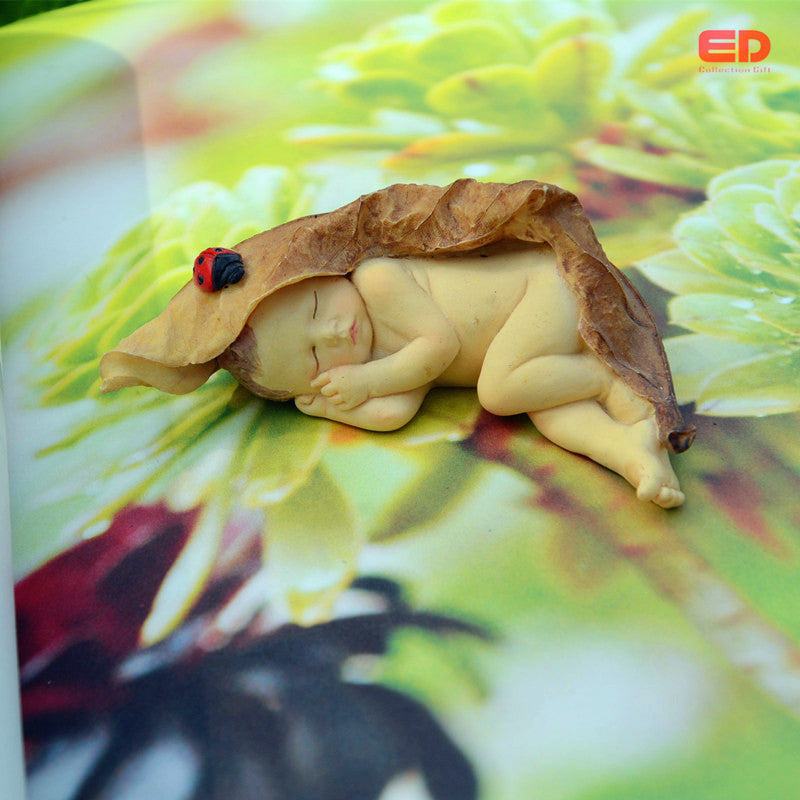 Enchanted Story Collection Garden Sleeping Little Fairy Baby With Ladybug Statue