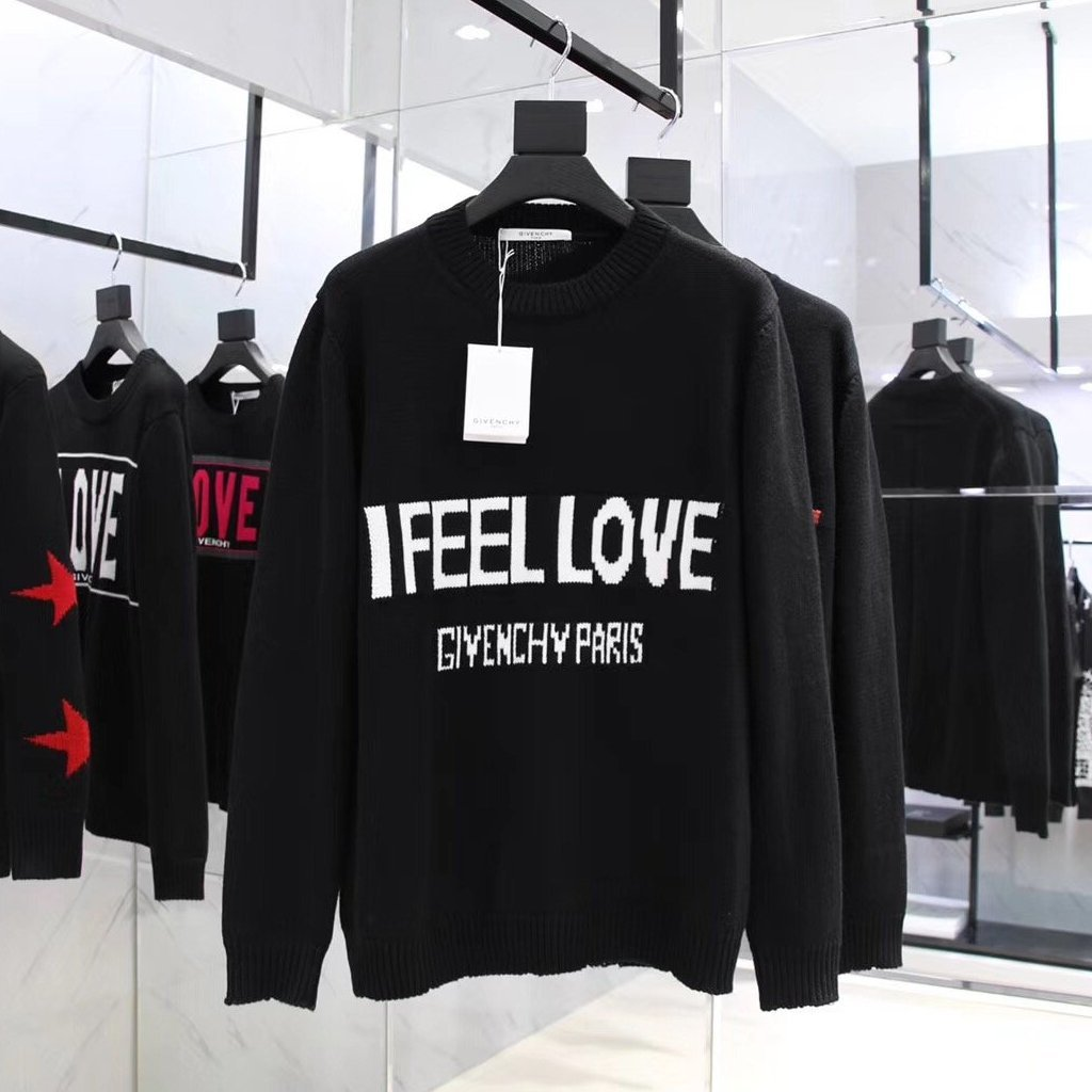 Givenchy I FEEL LOVE Sweater - Grandeur Lux