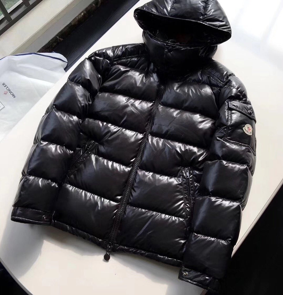 Moncler Downjacket Black