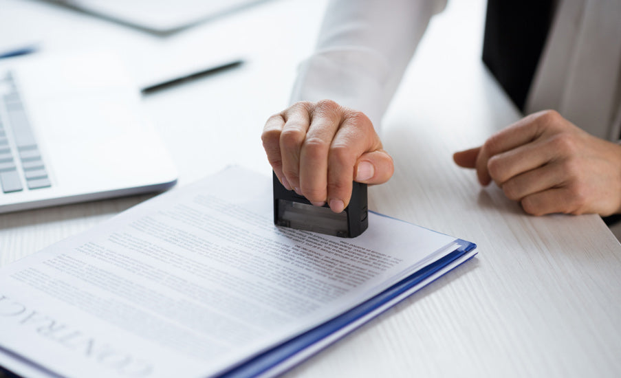 How do You Choose the Best Notary Seal Stamp? Four Factors to Consider