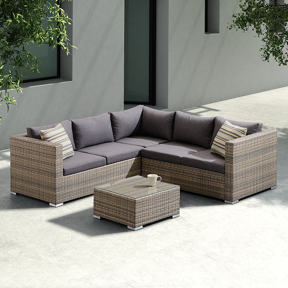 Outdoor Rattan Sectional Set Nina