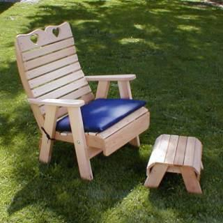 Creekvine Design WRF1135SETCVD Cedar Royal Country Hearts Patio Chair & Footrest Set - Peazz.com