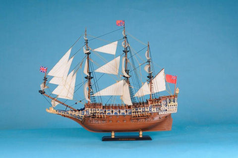 "Handcrafted Model Ships SOS-LIM-21 Sovereign Of The Seas Limited 21"" - Peazz.com"