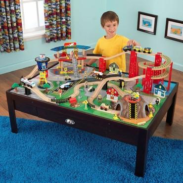 KidKraft 17976 Airport Express Train Set and Table - Peazz.com