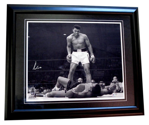 Autographed Muhammad Ali 20X24 Framed Photo - Peazz.com