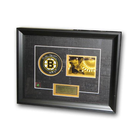 Bobby Orr Autographed Boston Bruins Puck - Peazz.com