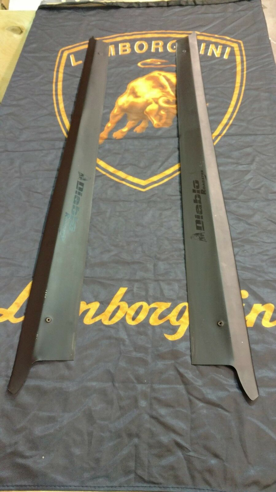 LAMBORGHINI DIABLO ROADSTER ROCKER DOOR SILL COVER FOOTBOARD OEM 009458615