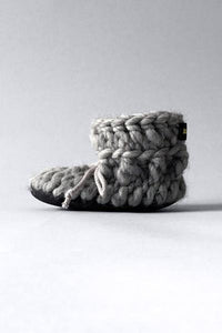 Knotted Slippers - Grey