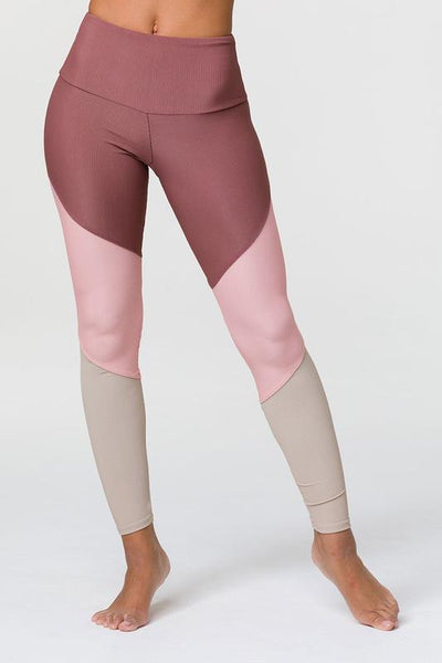 Sporty Legging by Onzie in Toast Rib Combo