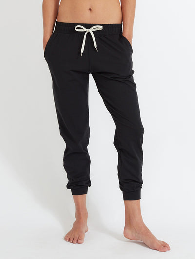 Women's Performance Jogger by Vuori in Black