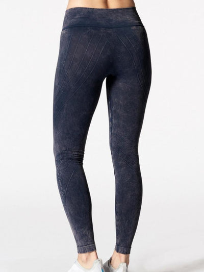 Mesa Legging Mineral Wash Black by Nux