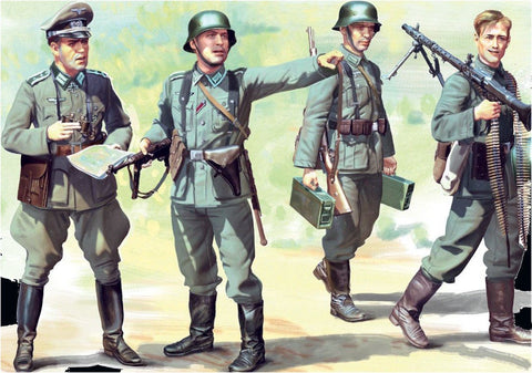 ICM 1/35 WWII German Infantry (4) w/Weapons & Equipment 1939-41 (New Tool) Kit