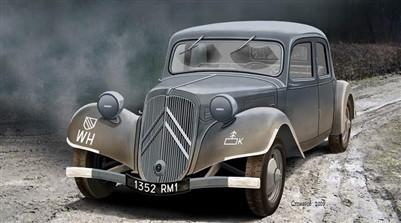 Ace Military Models 1/72 Citroen Traction Avant 11CV WWII Army Car Kit