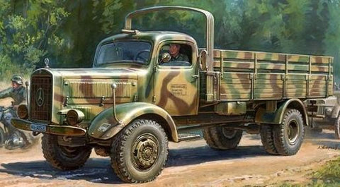 Zvezda Military 1/35 WWII German Heavy L4500A 4.5-Ton Cargo Truck Kit