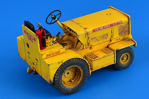 Aerobonus Details 1/32 Minneapolis-Moline MT40 Tow Tractor Kit
