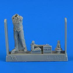 Aerobonus Details 1/48 Soviet Air Officer Cold War (Walking) Resin Kit