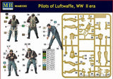 Master Box 1/32 WWII Luftwaffe Pilots (3) Kit