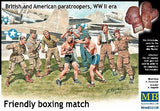 Master Box Ltd 1/35 WWII British & US Paratroopers in Friendly Boxing Match (9) Kit