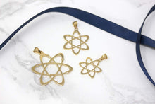 Load image into Gallery viewer, CaliRoseJewelry 14k Yellow Gold Carbon Atom Science Reversible Charm Pendant