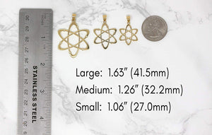 CaliRoseJewelry 14k Yellow Gold Carbon Atom Science Reversible Charm Pendant Necklace