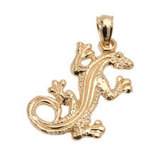 Load image into Gallery viewer, Lizard Reptile Pendant in Gold