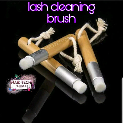 Lash Cleaning Brush