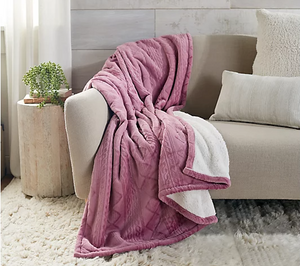 "Home Reflections 60""x70"" Sculpted Plush Throw, Dusty Mauve - Midtown Bargains"